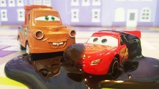 Видео с игрушками для детей! Тачки Молния Маквин и Щенячий Патруль! Мультфильм про машинки