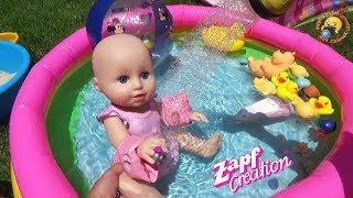 Кукла пупсик Беби Аннабель Играем с Леди Баг, ЛОЛ как МАМА учимся плавать в бассейне Видео для детей