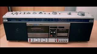 МАГНИТОЛА  -Aiwa -CS -W7  со ВСТРОЕННЫМ микро кассетным плеером редкая