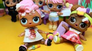 Куклы ЛОЛ Как сделать РОЛИКИ для кукол. Мультик про куклы LOL SURPRISE. MC Family