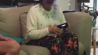 Бабушка в VR очках!!! Это ПиПеЦ!