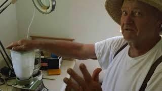 Как сделать стимулятор для пчел самостоятельно? Рецепт от Дона