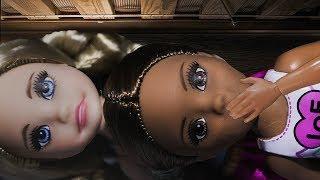 ОСТАЛАСЬ НОЧЕВАТЬ У ПОДРУГИ! GRANNY пришла. Мультфильмы с куклами Барби