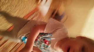 Мой племянник и селфи палка в первый раз #селфи #дети #юмор #ребенок #приколы