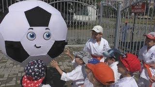 Как сделать футбольный мяч ростовую куклу
